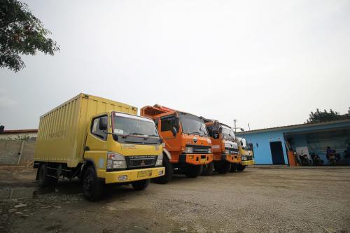 Colt-diesel-box-dan-Fuso-e1536122380341
